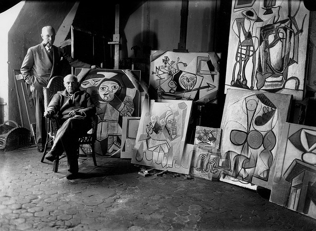 "Michael Sima, ""Picasso and Samuel Kootz in Picasso's Studio"", Paris, 1947 . Photograph. Archives of American Art, Smithsonian Institution."