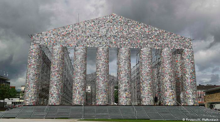 Marta Minujin contributed a full-sized Parthenon of books to a Documenta with a Greek fetish
