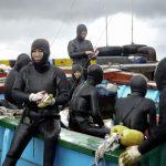 Mikhail Karikis (Greece/UK, 1975) 'SeaWomen' (2012), HD video, stereo sound, 16 min